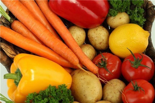 Новосибирцы собрали 4 тонны овощей для зоопарка