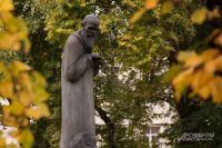 Памятник Федору Достоевскому в районе Марьина Роща.