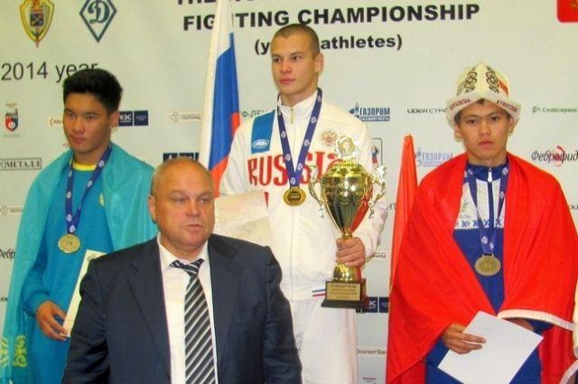 Алексей Ильенко - на верхней ступени пьедестала.