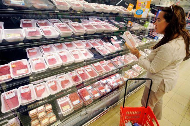 Южноуральские власти констатировали подорожание мяса, сыра и макарон