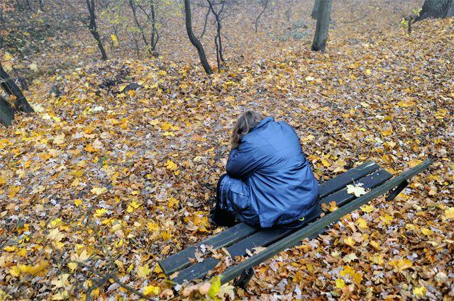 Осень - красивое время года, им надо любоваться, а не грустить.