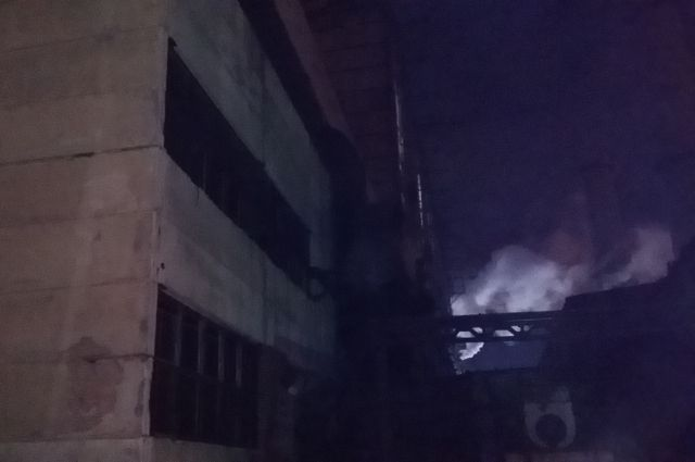 Пожар на ТЭЦ-3 произошел поздно вечером.