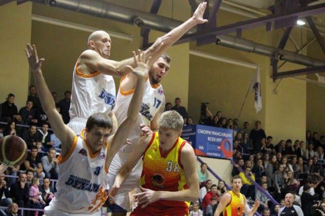 Челябинское «Динамо» в последний момент уступило баскетболистам из Рязани