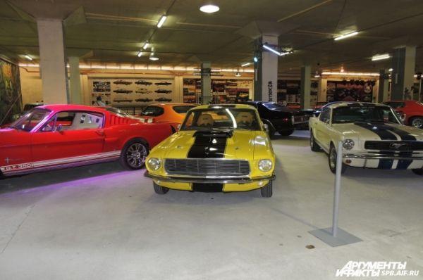 На выставке представлено более 70 автомобилей.
