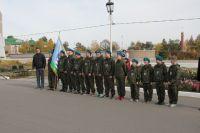 Ребята в военно-патриотическом центре учатся любить Родину.