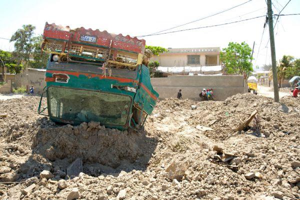 В конце августа   начале сентября 2008 года на Кубу и Гаити обрушились ураганы «Густав» и «Айк». «Густав» стал самым сильным ураганом на Кубе за последние 50 лет. Стихия разрушила около 100 тысяч жилых домов, большая часть которых находилась в провинции Пинар дель Рио и на острове Хувентуд.