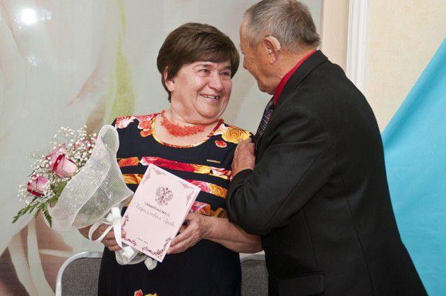 Супруги Людмила Григорьевна и Владимир Николаевич Савченко вместе уже 35 лет.