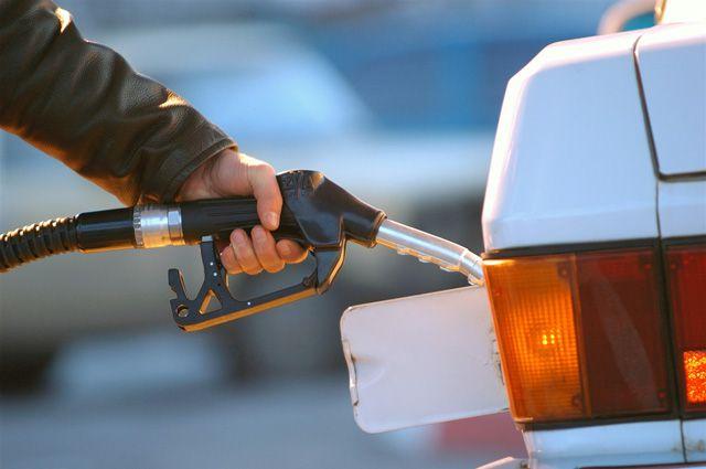 На иркутских АЗС проверяют качество топлива.