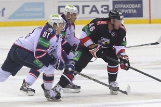 Новосибирские хоккеисты обыграли уфимский «Салават Юлаев»