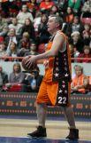 Заместитель председателя правительства РФ Дмитрий Рогозин неплохо играет в баскетбол.