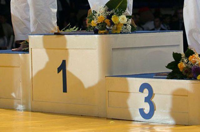 на соревнованиях выступали мужская и женская сборная Приангарья.