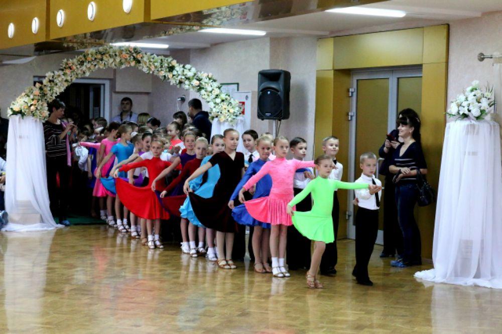 12 октября в Брянском областном дворце детского и юношеского творчества имени Ю.А. Гарина состоялся открытый чемпионат Брянской области по спортивным танцам.