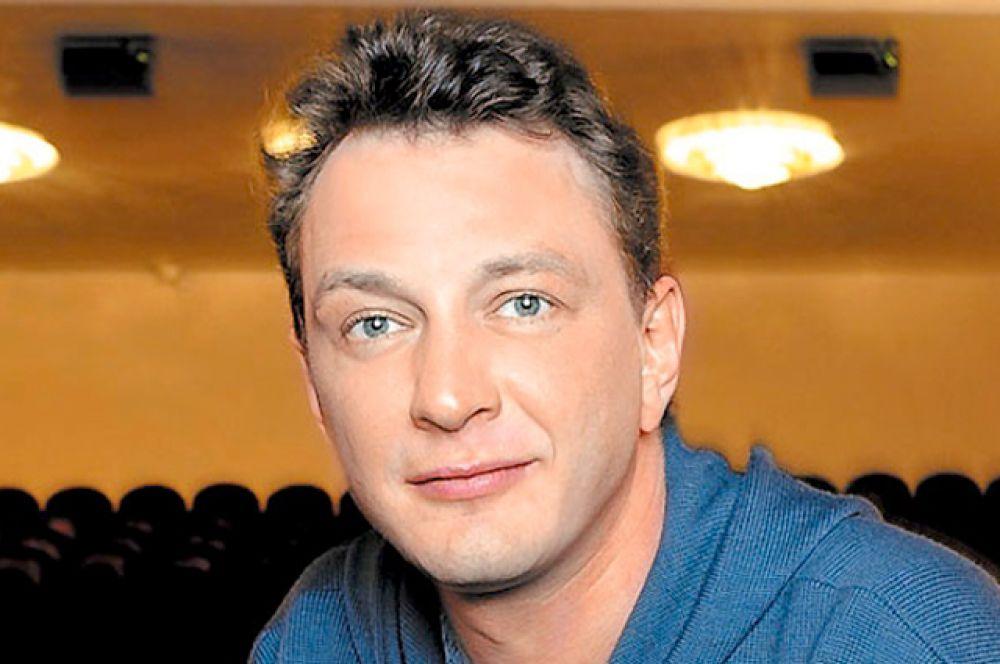 Актер и телеведущий Марат Башаров родился в Москве, но чтит и навещает родину своего отца в Краснооктябрьском районе Нижегородской области.