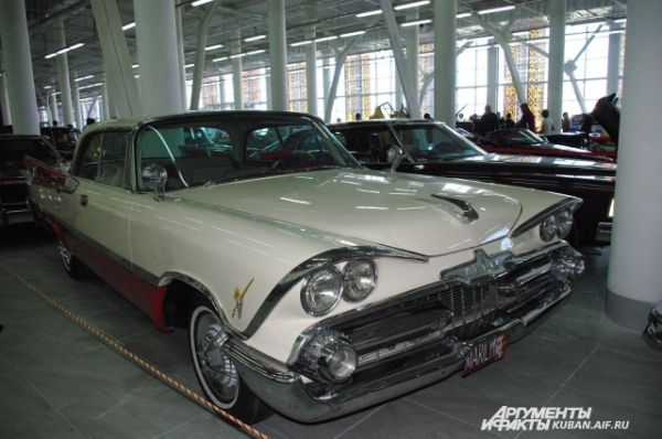 Dodge Custom Royal Lancer D500 1958 года выпуска.