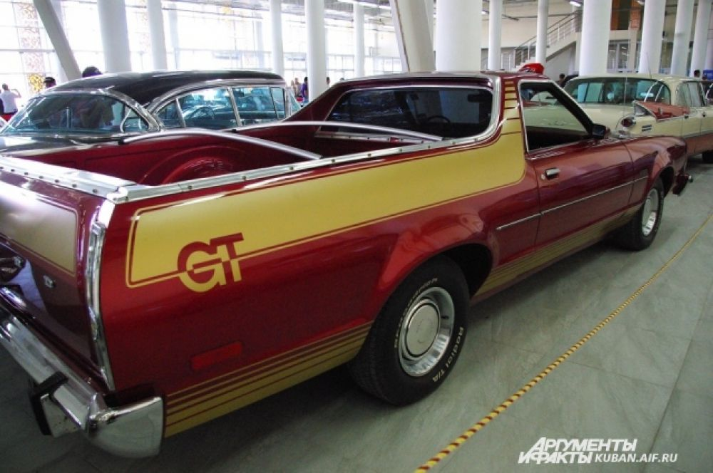 Итальянское выражение «Grand Turismo» (GT) появилось еще в XVII веке и означало длительные поездки через всю Европу. Современные автомобили GT призваны сделать такие путешествия комфортными.