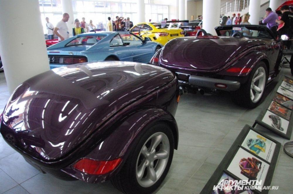 Вот такие прицепы делали производители автомобилей в прошлом веке.