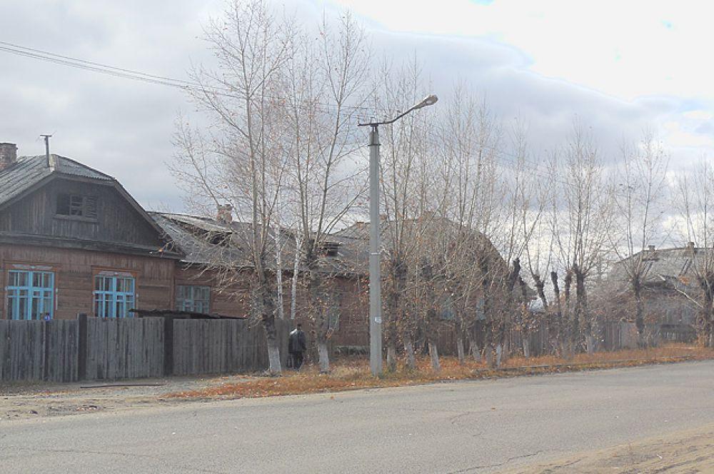 Проблема переселения карымчан из аварийного жилья - самая острая в районе.