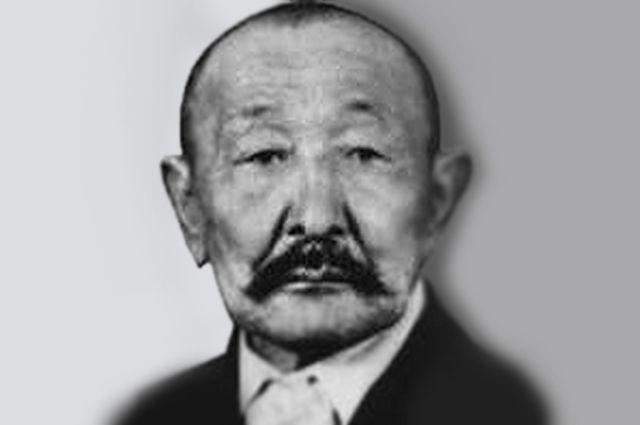 Абдыкасым Карымшаков.