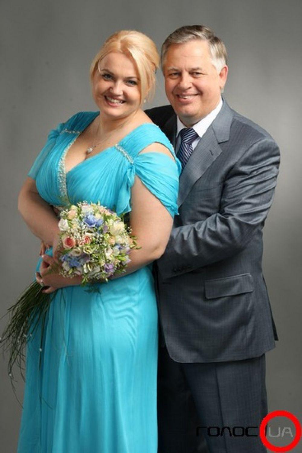 Оксана Ващенко – жена Петра Симоненко, ей 36 лет, домохозяйка