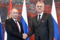 Президент России Владимир Путин и президент Сербии Томислав Николич во время встречи в Белграде. 16 октября 2014 года