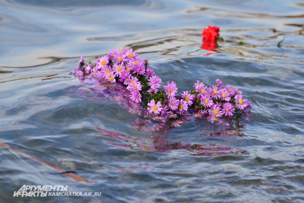 Вечная память тем, кто навсегда остался в море.