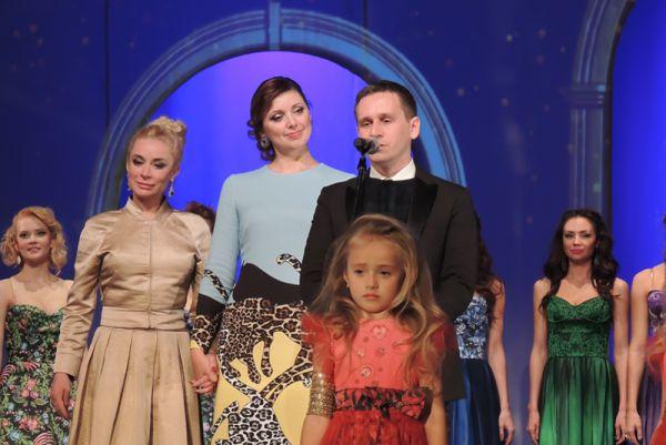 Директор Бюро «Нижний Новгород» Екатерина Чудакова (в центре) и дизайнер Павел Рябинин.