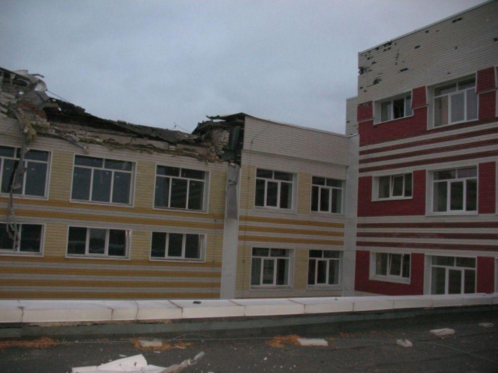 Обстрел школы в Донецке