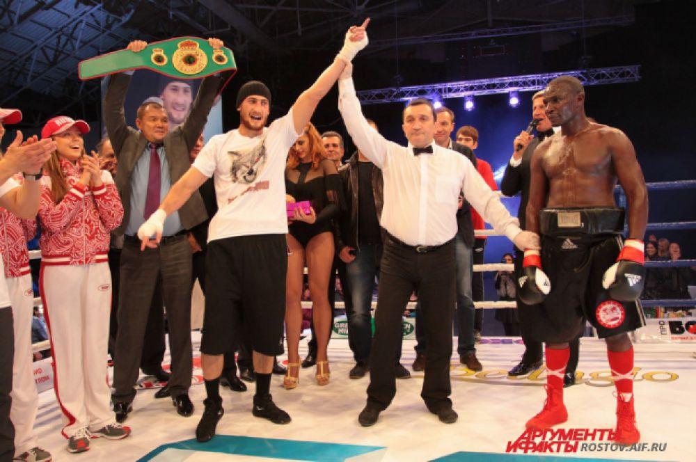 Аликлыч одержал десятую победу из 12-ти проведённых боёв.