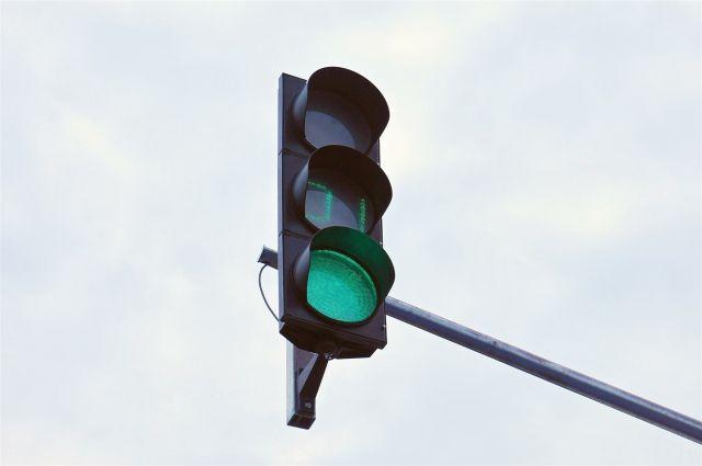 Светофоры будут работать так, чтобы не задерживать движение транспорта.