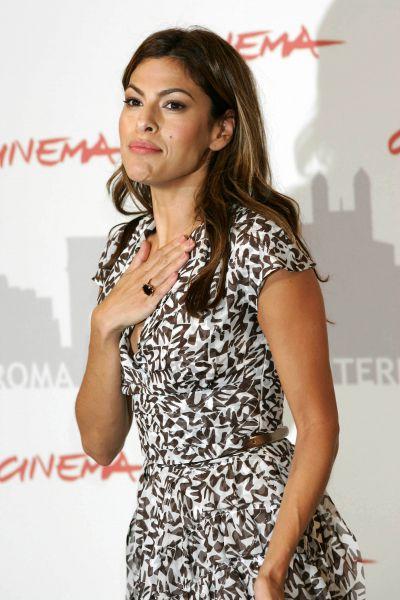 Актриса Ева Мендес на Римском кинофестивале в октябре 2010 года.