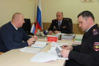 Глава областного УГИБДД УМВД России по Брянской области Александ Ивлиев (в центре).