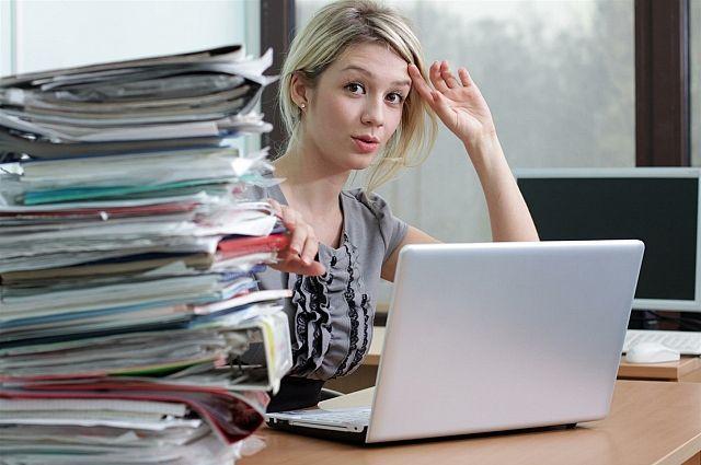 Как устроиться на работу девушке в санкт петербурге работа в сатке девушке