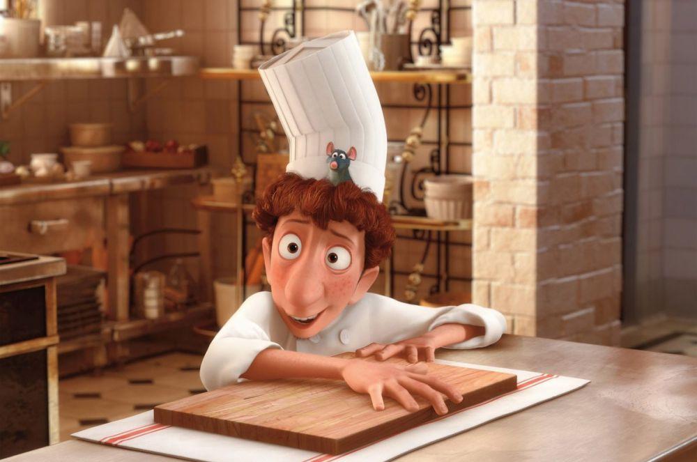 Сюжет оскароносного мультфильма 2007 года «Рататуй» построен вокруг крысы Реми, который получил шанс всей своей жизни – помочь преуспеть маленькому Лингвини на кухне шикарного ресторана.