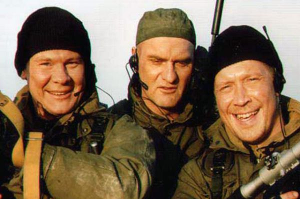Сериал «Спецназ», 2002 год. Герои фильма - офицеры спецподразделения ГРУ РФ,выполняющие особые задания на Кавказе, в Косово и Афганистане.
