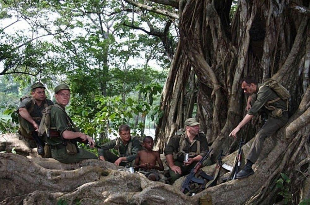 «Морпехи», 2011 год. Сериал об офицерах морской пехоты вооруженных сил РФ.
