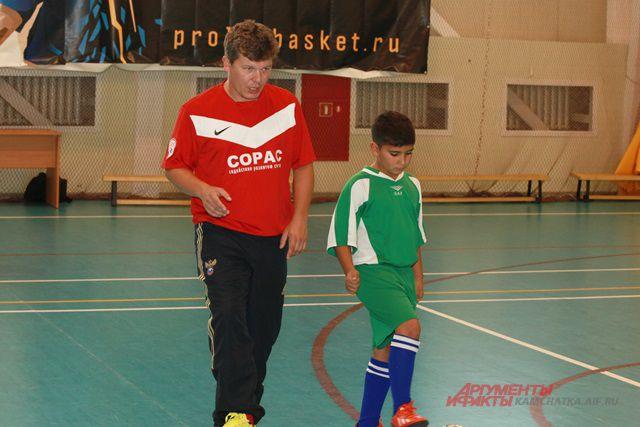 Аркадий Белый проводит мастер-класс