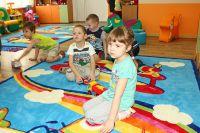 Малышам нужен детский сад.