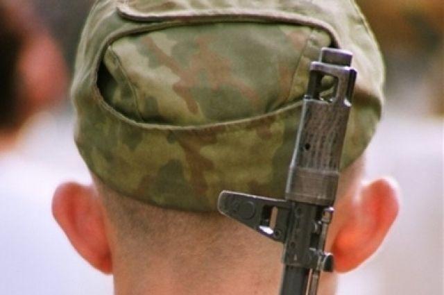 Военнослужащего задержали по подозрению в хранении наркотиков.
