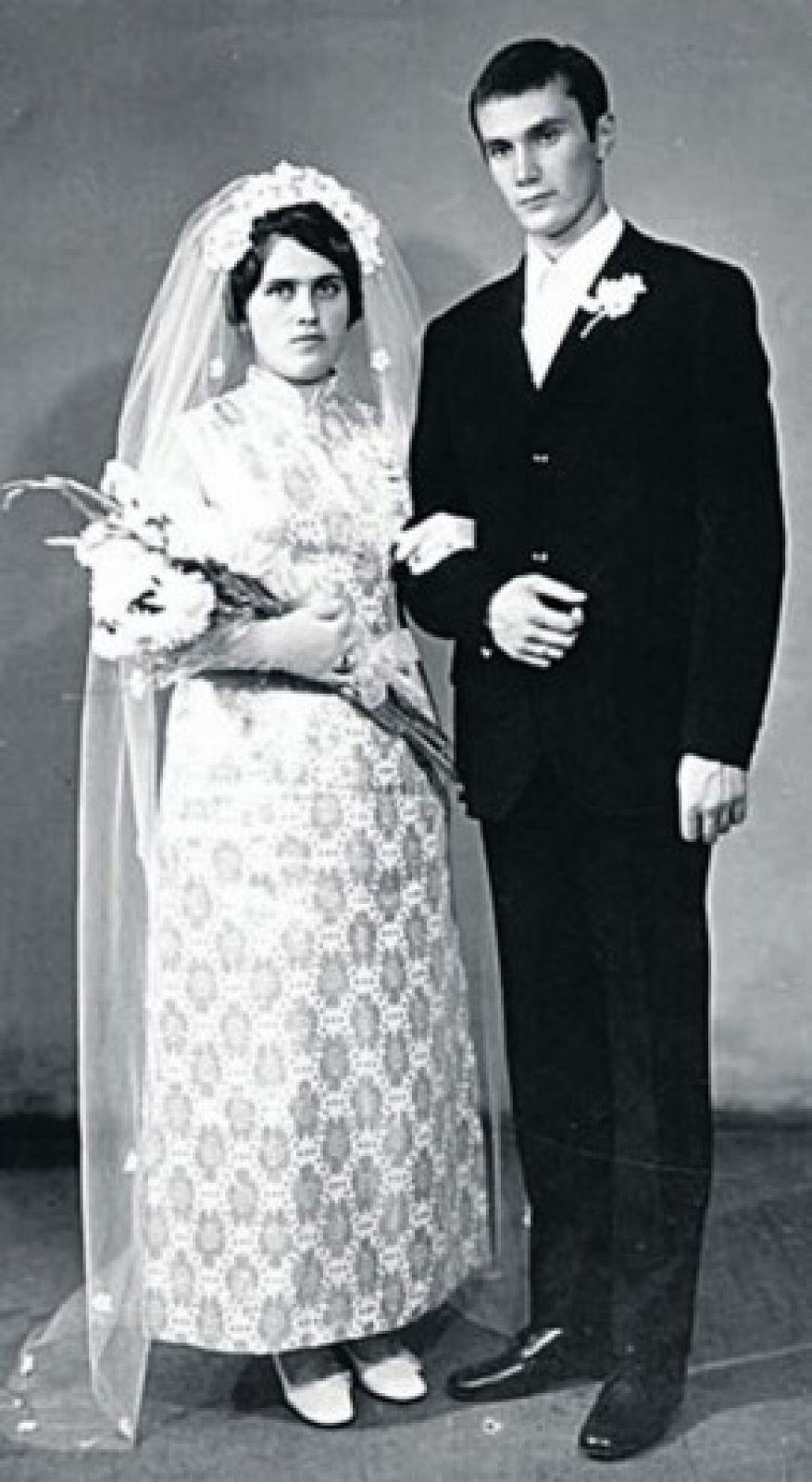 Виктор Янукович с женой — Людмилой