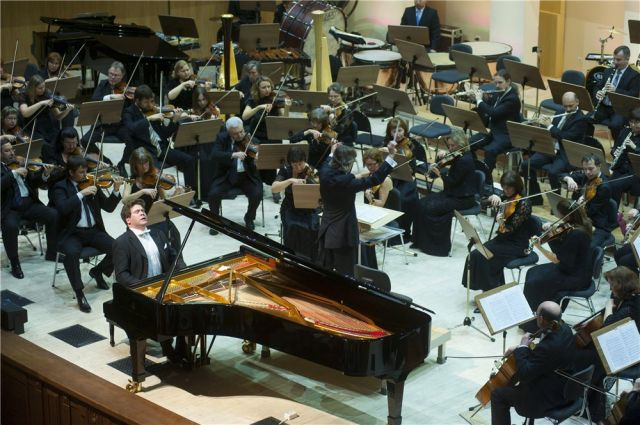 Денис Мацуев объявит стипендиатов на своём концерте.