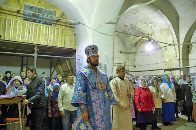 В Казанско-Богородицком женском монастыре впервые за более чем 70 лет прошла Божественная литургия