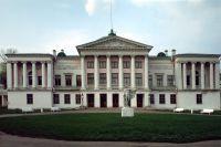 Московский музей-усадьба «Останкино» натерритории бывшей подмосковной усадьбы графов Шереметевых.