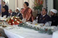 Визит Генерального секретаря ЦК КПСС Леонида Ильича Брежнева в Республику Индию. Обед, данный Леонидом Ильичем Брежневым в честь премьер-министра Индии Индиры Ганди в посольстве СССР в Индии. Выступление Индиры Ганди.