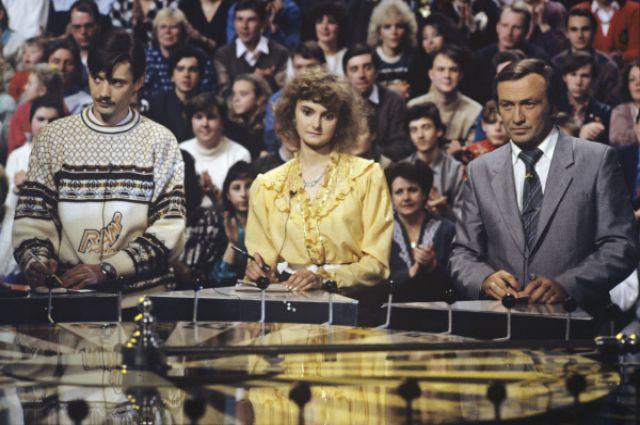 Вовремя телеигры капитал-шоу «Поле чудес», 1991г.