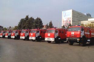В Омске впервые прошли соревнования по биатлону на пожарных машинах