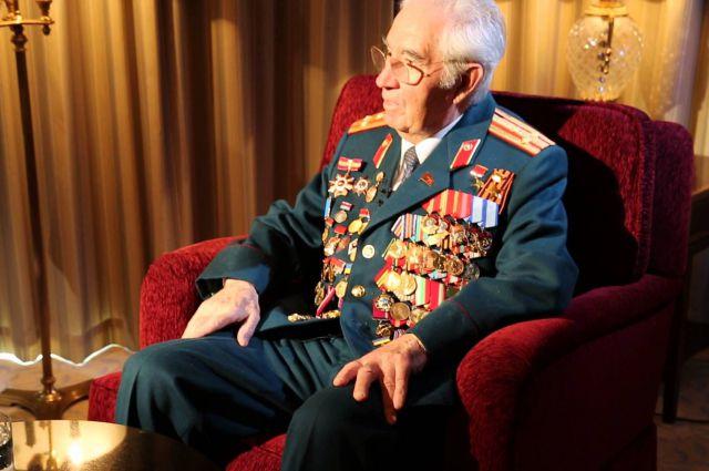 Валентин Згурский