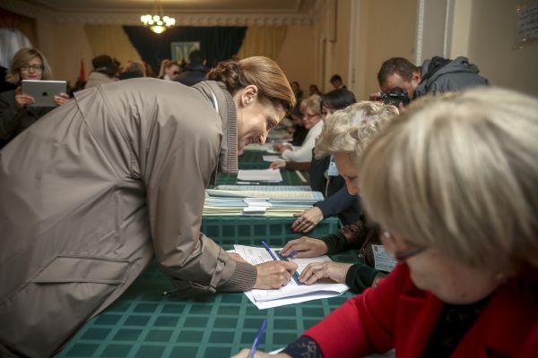 Марина Порошенко проголосовала на выборах