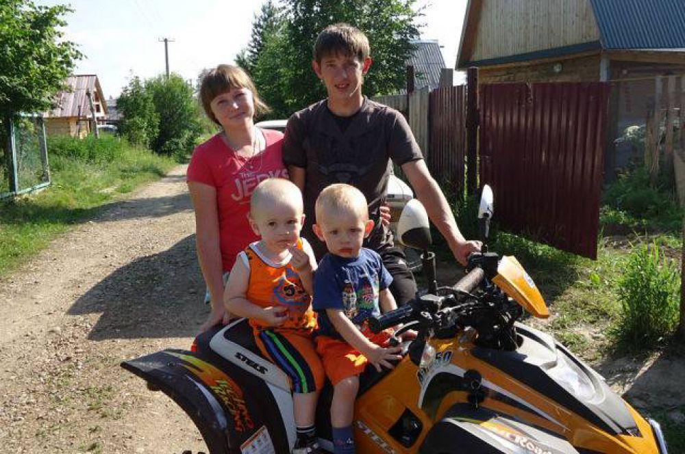 Участник №9. Семья Якуповых точно знает, что семья – это важно! Семья – это сложно! Но счастливо жить одному невозможно!