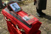 Захоронение останков солдата Ивана Буренкова в Волгодонске.
