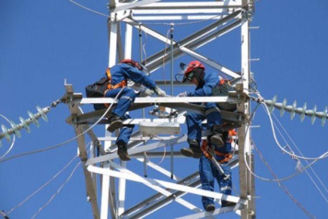 Быть энергетиком не просто - нужны знания, опыт и навыки.